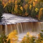 tahquamenon falls thumbnail