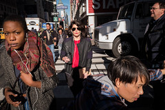 * (zlandr) Tags: nyc candid leicaq chrisfarling zlandr manhattan midtown street newyork newyorkcity city urban