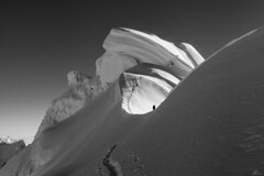 Chopicalqui cordada (Mr. CHILI) Tags: outdoor landscape chopicalqui peru volcan alpinism andinismo