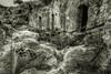 Gravina di Rivolta, antiche abitazioni (Paolo P L) Tags: rovine