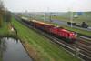 DB Cargo 6437 - Barendrecht (rvdbreevaart) Tags: dbcargo 6400 6437 cargo trein train rotterdam barendrecht havenspoorlijn containertrein zug eisenbahn railway ferrovie diesel diesellocomotief raw rawtherapee nikon d3300