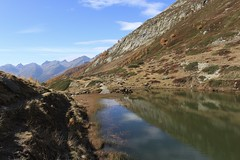 Guggisee (bulbocode909) Tags: valais suisse lötschental guggisee lacs montagnes nature automne paysages nuages vert bleu reflets