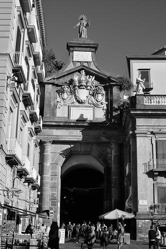 Napoli - Port'Alba
