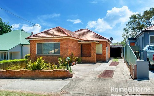27 Edward St, Kingsgrove NSW 2208
