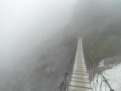 A bridge through the fog – Bionnassay (norwin_galdiar) Tags: pont passerelle randonnée