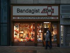 Bandagist Anderle (Wolfgang Bazer) Tags: bandagist handschuherzeugung anderle surgical truss maker glove innere mariahilfer strase wien vienna österreich austria