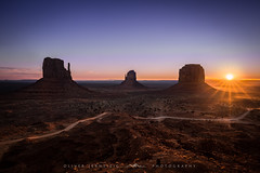 ● monument valley ● arizona ● usa ● (Oliver Jerneizig) Tags: hdr oliver jerneizig oliverjerneizigde wwwoliverjerneizigde oliverjerneizig usa unitedstatesofamerica amerika sunset longexposure night citylights landscape landschaft canon 6d canon6d monumentvalley sunrise sky rocks arizona utah merrickbutte buttes navajo westmittenbutte desert