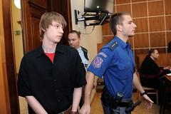 Tomáš Zavřel 8 (Kluci v nesnázích) Tags: court jail killer criminal prison handcuffs