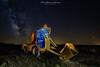 Construyendo la via. (David S. Salamanca) Tags: nightphotography night nocturna lightpainting milkyway vialactea abandoned abandonado hormigonera linterna stars estrellas spain españa soria