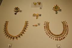 Rome, Italy - Villa Giulia (Etruscan Museum) - Jewelry (10) (jrozwado) Tags: europe italy italia rome roma villagiulia museum archaeology etruscan jewelry gold