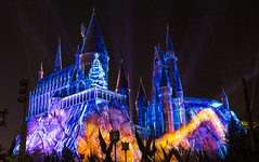 The Magic of Christmas at Hogwarts Castle (BrianCarey_) Tags: magic christmas hogwarts castle harry potter night lights projection show holiday hp wizarding world wwohp hogsmeade universal orlando florida studios ioa islands adventure