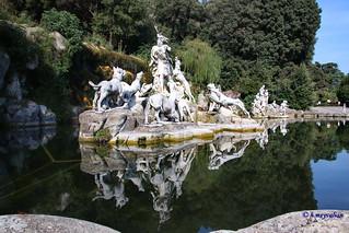 Caserta, Italie: La Reggia, Palais Royal, Royal Palace  La Fontana di Diana e Atteone  - La Fontaine De Diana et d'Actéon - The Fountain of Diana and Actaeon