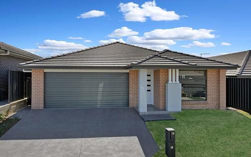 19 Ritchie Street, Riverstone NSW