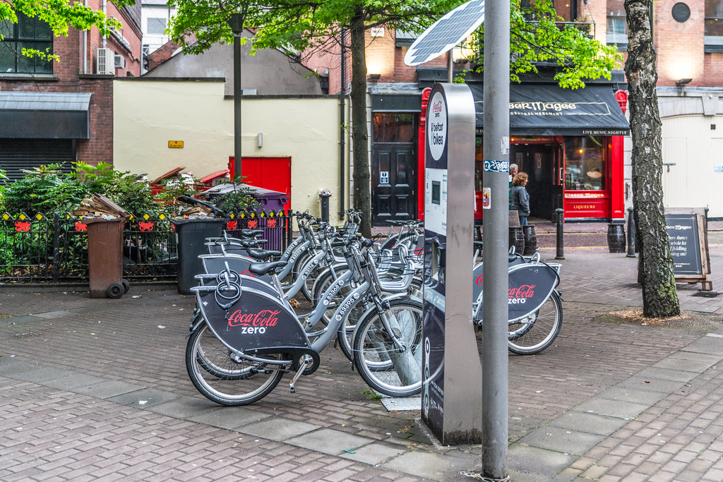 BELFAST BIKE AT BLACKSTAFF SQUARE [THIS SCHEME HAS NOT BEEN TROUBLE FREE]-134059