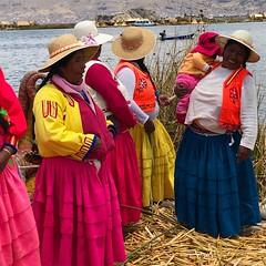 IMG_4603 (massimo palmi) Tags: perù peru titicaca uro uros lagotiticaca laketiticaca floatingislands floating islands isolegalleggianti puno totora