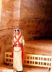 Petra (José E.Egurrola/www.metalcry.com) Tags: petra jordania jordan nature monument πέτρα البتراء albatrā´ nabateo valledelaaravá elkhazneh eltesoro eldeir elmonasterio guarda guard khazneh deir indianajones maravilladelmundo