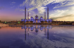 Sheikh Zayed Grand Mosque (Simone Gramegna) Tags: zayed mosque grandmosque abudhabi uae emirates unitedarabemirates sheikh wahatalkarama reflections reflection water sky clouds city cityscape città religion islam architecture architettura