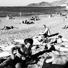Naked @hitidehouse people!!!Can you belive that? 9th of December ⛄⛄⛄ - #surfpromo #surfcity #laspalmassurfing #surfhouse #grancanaria #summerwholeyear (hitidehostel) Tags: ifttt instagram surf laspalmas grancanaria accommodation trip voyage travel sport action beach sun surfwyjazdy hitide discovery hostel 5starhostel