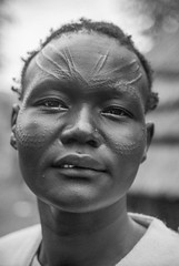 Ethiopia : Dimma, refugee camp , Nuer woman with scarifications (B&W) #1 (foto_morgana) Tags: africa afrika afrique analogphotography analogefotografie caractère character dimma editorialonly escarificion ethiopia ethiopië ethnic ethnicity ethnie etnia etniciteit expedition incision karakter kodakportra160vc native nikoncoolscan nomodelrelease nuer outdoor people persoonlijkheid photographieanalogue portrait portret refugeecamp scarificatie scarifications topazstudio traditional traditionalculture traditioneel traditionnel travelexperience tribal tribe vuescan