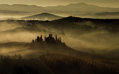 Tuscany light at the Belvedere (Massetti Fabrizio) Tags: tuscany toscana landscape landscapes light belvedere fabriziomassetti sunrise sunlight sanquirico sunset siena sun phaseone iq180 rodenstock cambo italia italy fog clouds color rural