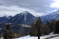 le Catogne (bulbocode909) Tags: valais suisse ravoire montagnes nature automne neige arbres forêts catognenuages paysages