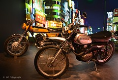 Honda XL 250, 1972 - 1973 + Yamaha RD 250 1973 - 1979 (PO Fotografie) Tags: honda xl 250 yamaha rd seventies motorcycle sport tour off road icon oldtimer japanese bikes museum ps speicher germany classic klassieke tweewieler motorfiets cross motor