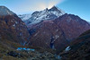 Amanecer en Machapuchare Base Camp (PacotePacote) Tags: nepal annapurna trekking himalaya machapuchare basecamp montaña montañismo abc trail
