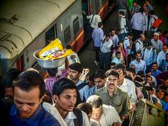 LR-183 (hunbille) Tags: birgittemumbai32015lr india mumbai chhatrapati shivaji terminus chhatrapatishivajiterminus cst station victoriaterminus victoria victoriastation train railway commute commuting crowd bombay