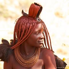 IMGP1686 Himba Portrait (Claudio e Lucia Images around the world) Tags: kunene namibia marienfluss marienflussvalley himba himbatribe remotetravel sigma sigma150500 pentax pentaxk5 pentaxart remotearea himbalady himbawoman nakedwoman naked portrait womanportrait