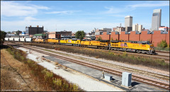 UP 6806 (Justin Hardecopf) Tags: up unionpacific 6806 ge c44ac manifest unit sand downtown omaha nebraska railroad train