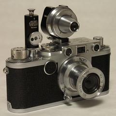 Leica IIf (bac1967) Tags: leica rangefinder viooh apdoo self timer viewfinder universalviewfinder leicarangefinder elmar elmarlens elmarltmlens leicaiif ltm m39 leicaltm leicam39 leitz eleitzwetzlar gremany selftimer 35mmfilm 135film 35mm 5cm film filmcamera