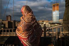 New York, USA. October 2017 (Victor M. Perez) Tags: leicam10 leica streetphotography light color brooklynbridge usa newyork nyc