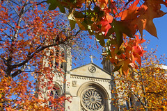 Red autumn (planosdeluz) Tags: autumn beautiful gijon red orange church san lorenzo tamron 1750mm canon 60d leaves