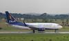 BoA (Treflyn) Tags: boeing 737700 737 73g cp2923 bolivianadeaviación viru international airport vvi santa cruz bolivia boa heat haze