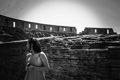 Coliseum, 2017 (lefalabella) Tags: pb bw woman free nice top monument history roma itália italy rome beauty coliseum coliseu colosseo girl