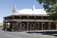 Grand Western Lodge @ Millthorpe (Jungle Jack Movements (ferroequinologist)) Tags: millthorpe new south wales nsw blayney bathurst railway hotel grand western lodge xxxx vb tooheys alcohol ale alehouse amber bar barman bartender beer brew brewery drink draught froth lager saloon tavern inn public publican local drinkers stout lounge watering hole pub tab house australia order cold coldie customer thirsty cheers keg drinker serve liquor whiskey scotch bourbon rum spirits light heavy pint schooner middy 7 pot shout mates counter meals