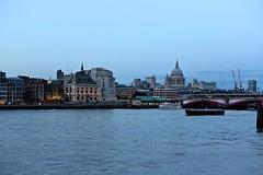 London city (Juliotrlima) Tags: london londres unitedkingdom reinounido england inglaterra riotamisa thamesriver europa europe vacation férias goodvibes canon markiii 2470 stpaulscathedral