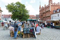 """Abschluss Wandelwoche auf dem Markt der regionalen Möglichkeiten in Kyritz 2017 • <a style=""""font-size:0.8em;"""" href=""""http://www.flickr.com/photos/130033842@N04/24518900088/"""" target=""""_blank"""">View on Flickr</a>"""