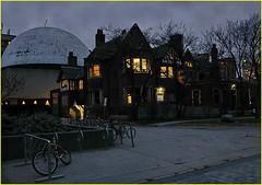 171205 Toronto Bloor Street Area (50) (Aben on the Move) Tags: bloorstreet toronto canada city night evening urban
