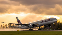 Qatar 777 departing (Dennis-Dieleman) Tags: qatar airways boeing 777 departure weather sunrays schiphol airport holland netherlands aviation plane planeporn avgeek photography takeoff sunset luchtvaart vliegtuig flugzeug avion aviacion