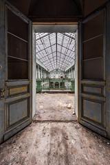 Lycee V. - Urbex (Jan Hoogendoorn) Tags: belgie belgium urbex urbanexploring vervallen verlaten abandoned decayed school lyceum