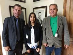 Oilson kozoski representante da Eco Plena Ambiental e a engenheira ambiental Patrícia Gabriela Apresentação de projeto para preservação ambiental