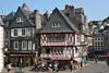 Morlaix (Finistère) FRANCE (Bernard P.) Tags: france bretagne finistère ville colombages ardoise nikon