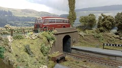 East Kent Coach Passing over Dogley Station. (ManOfYorkshire) Tags: scale model micro railway bus coach layout dogley eastkent leyland beadle integral oxforddiecast diecast 176 oogauge station