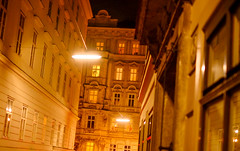 Street lights (----------------------xxx-----------------------) Tags: vienna wien austri europe centraleurope city travel autumnwinter fuji fujifilm digital csc color colour xe1 fujixe1 fujinon 35mm