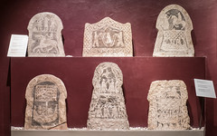 Picture stones / Bildstenar (Gösta Knochenhauer) Tags: nik panasonic lumix fz1000 dmcfz1000 visby gotland sverige sweden schweden suède svezia suecia p9120472nik p9120472 2017 august gotlands museum bildsten fornsalen