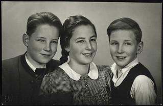 Archiv O146 Geschwister in Augsburg, 1950er