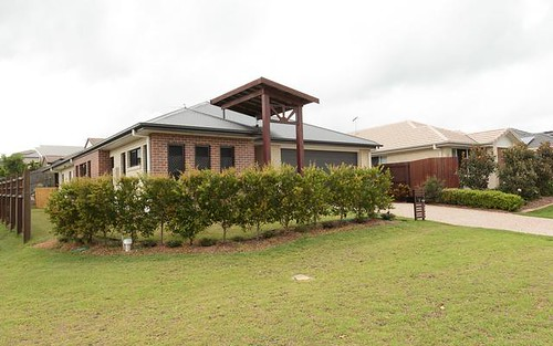 8 Castlewellan Circuit, Warner QLD 4500