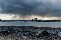 _DSC5003 - Montsarrac - Golfe du Morbihan. (Jack-56) Tags: golfedumorbihan bretagne d700 nikon nikkor2470mmf28 ciel nuages montsarrac