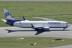 SunExpress Boeing 737-800 TC-SOD (c/n 61176) (Manfred Saitz) Tags: vienna airport schwechat vie loww flughafen wien sunexpress boeing 737800 738 b738 tcsod tcreg
